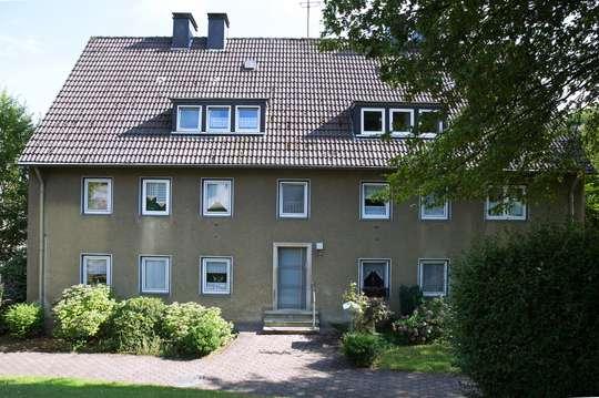 hwg - Hübsche DG-Wohnung in netter Umgebung.