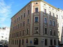 Schöne 2 Zi-Wohnung mit Balkon