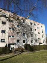 Sanierungsbedürftige 3-Zimmer-Erdgeschoss-Wohnung mit sonnigem Gartenanteil