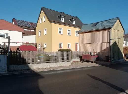 Modernisiertes Wohnhaus in zentraler Ortslage