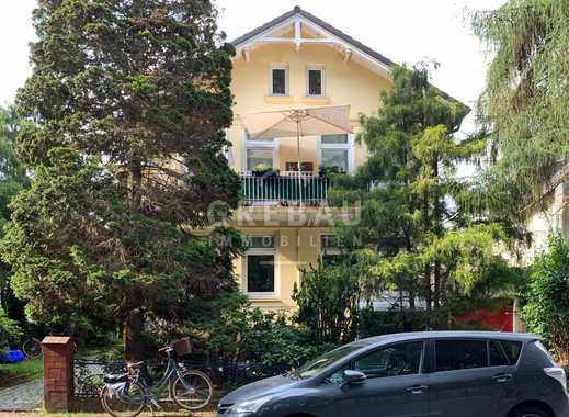 Zu Ihrer Anlage: Kleines Mehrfamilienhaus mit drei Wohneinheiten und Garage