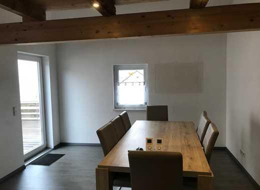 Saniertes Wohnhaus mit vermieteter Gewerbeeinheit im Zentrum von Empfingen sucht neuen Eigentümer!!!