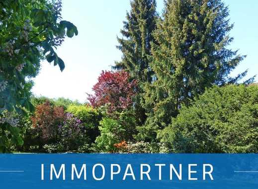 IMMOPARTNER - Großes Grundstück in gefragter Wohnlage!