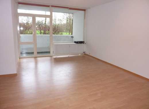 Köln-Porz, ebenerdige 1 Zimmer-Wohnung, Küche, neues Duschbad, Balkon