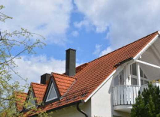 Exklusive 3-Zimmer-DG-Wohnung mit drei Balkon und Einbauküche in Pullach