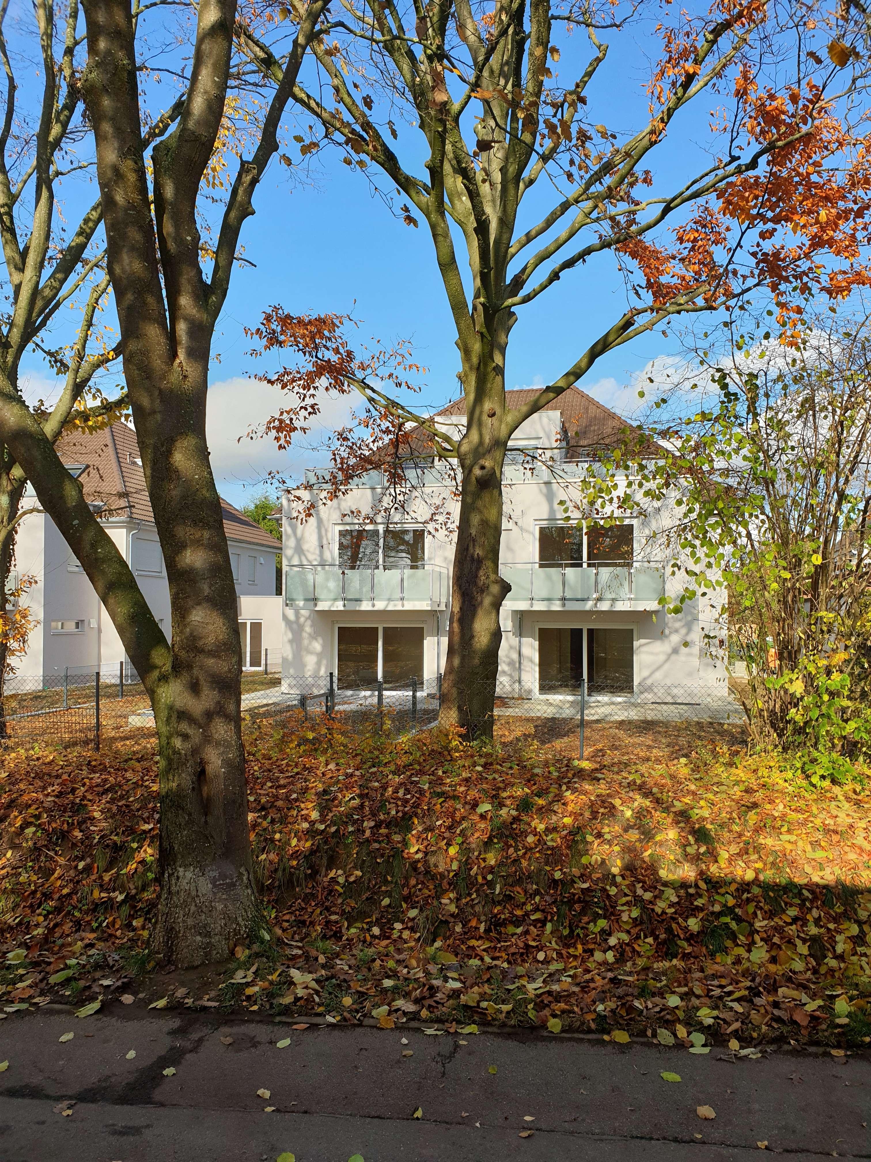 Erstbezug mit Terasse und Garten; Nähe Klinikum! Helle 3-Zimmer-EG-Wohnung in Stadtbergen in Stadtbergen