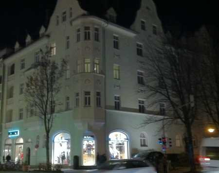 Vollständig renovierte 4-Zimmer-DG-Wohnung in Rosenheim in Rosenheim-Innenstadt (Rosenheim)