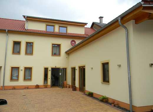 BAYER Immobilien GmbH: Elegantes Landgästehaus mit ca. 345,12 m² Nutzfläche und 644 m² Grundstück