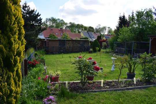 3 Raum Wohnung mit Garten am Haus