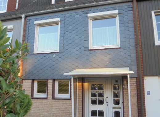 Schönes Reihenmittelhaus in ruhiger Lage mit Terrasse, Südwestgarten und Garage in Alt-Osterholz
