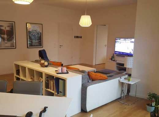 Exklusive, gepflegte 2-Zimmer-Wohnung mit Balkon und Einbauküche in Stuttgart