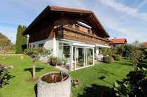 Gepflegtes Zweifamilienhaus mit Wintergarten und