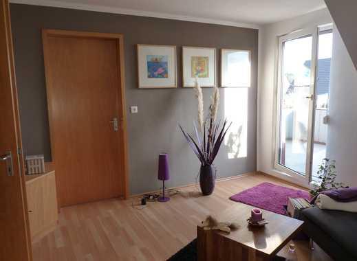 Attraktive 2,5-Zimmer-Dachgeschosswohnung mit Balkon und Einbauküche in Sindelfingen
