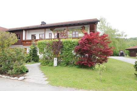 4,5-Zimmer-Wohnung mit großem Balkon und Terrasse in Weßling-Hochstadt in Weßling