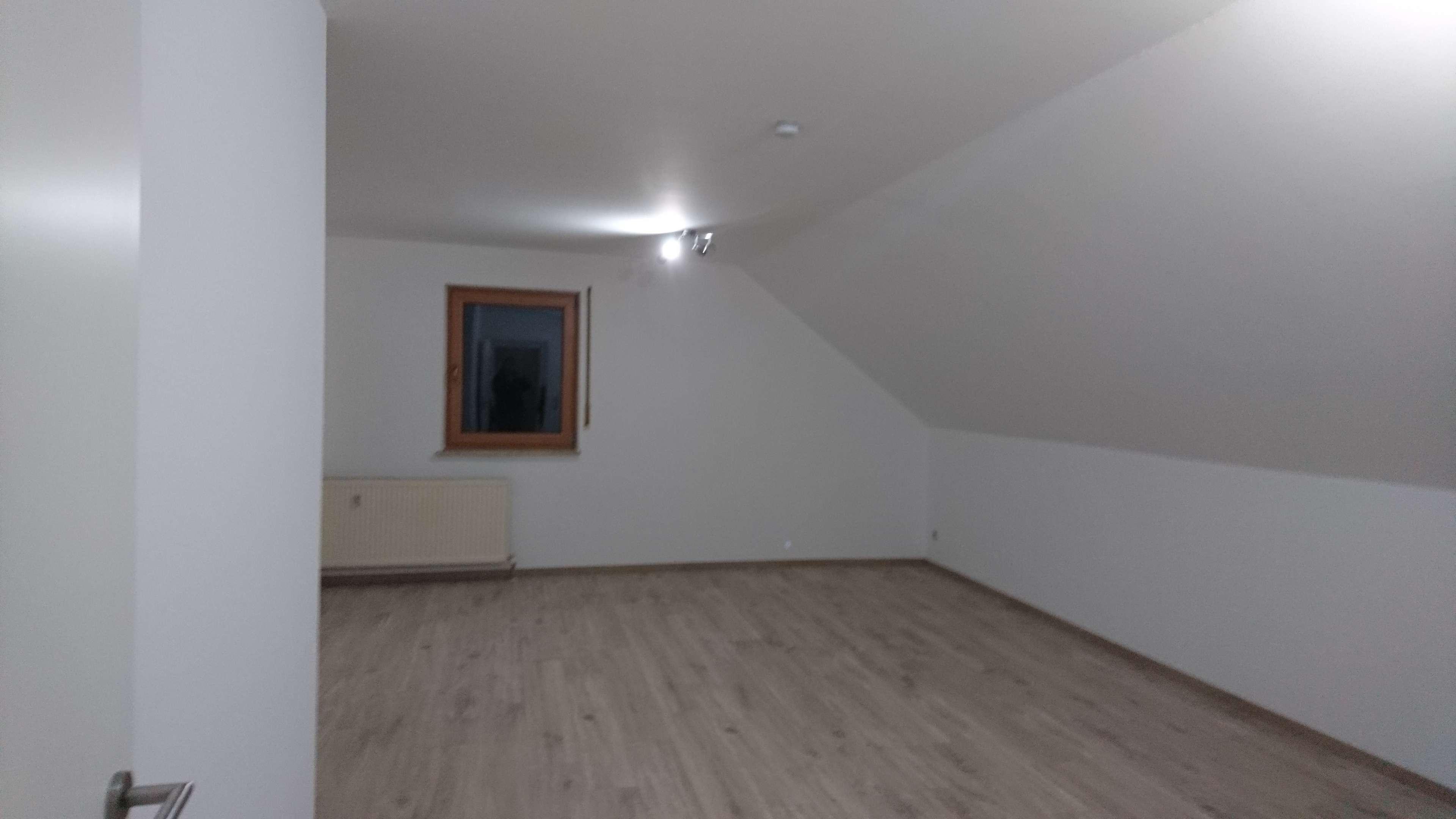 Geräumige, sanierte 3-Zimmer-DG-Wohnung in Neumarkt in der Oberpfalz/Woffenbach in Neumarkt in der Oberpfalz (Neumarkt in der Oberpfalz)