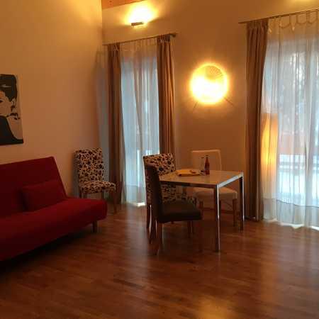 Stilvolle, neuwertiges Apartment -Loft-Wohnung , möbliert mit Einbauküche in Dietramszell Ascholding in Dietramszell
