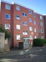 Großzügige Wohnung mit Balkon in zentraler Lage!