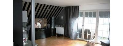 Gepflegte 2-Zimmer-Dachgeschosswohnung mit Balkon und EBK in Minden