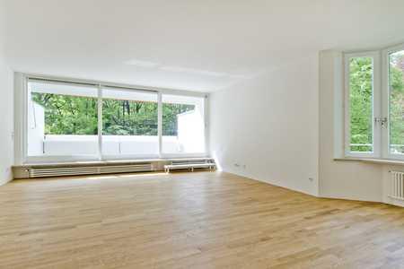 Exzellent sanierte 2-Zimmer-Wohnung mit herrlich sonniger Südterrasse in Neuhausen (München)