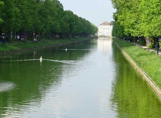 Gründerzeitvilla auf Traumgrundstück in Nymphenburg mit Blick auf den Schlosskanal
