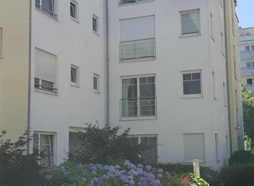4 Zi-Whg Schwabing - ruhig, modern, Parkett, Fußbhzg, EBK, gr. Terrasse