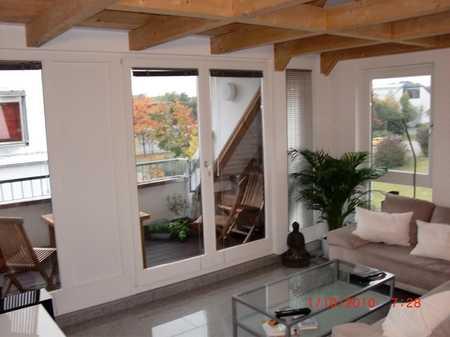 Sehr helle und moderne Dachgeschosswohnung -Provisionsfrei vom Eigentümer- in Untermenzing (München)