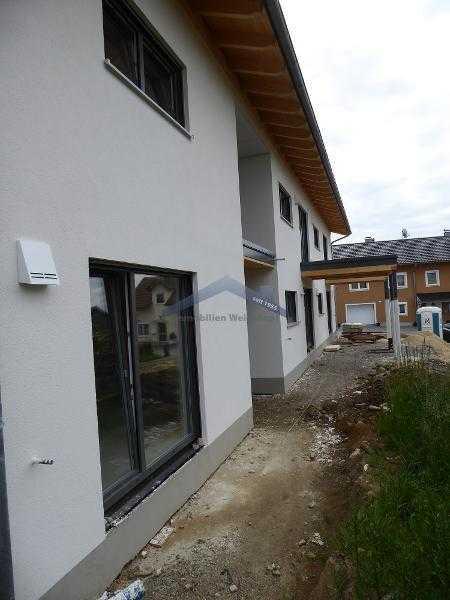 Garham/Vilshofen hochwertiger Neubau 3-Zimmer Whg. mit Terrasse und kleinem Gartenanteil in zentr... in Hofkirchen