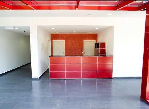!!!!! Büro-/Praxisräume mit 84 m² im roten Riesen zu vermieten !!!!!