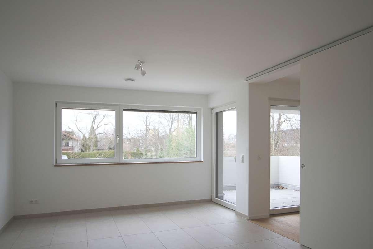 Wohnkonzept 50 + barrierefreie 2-Zi.-Wohnung mit Balkon in Ergolding - ERSTBEZUG in