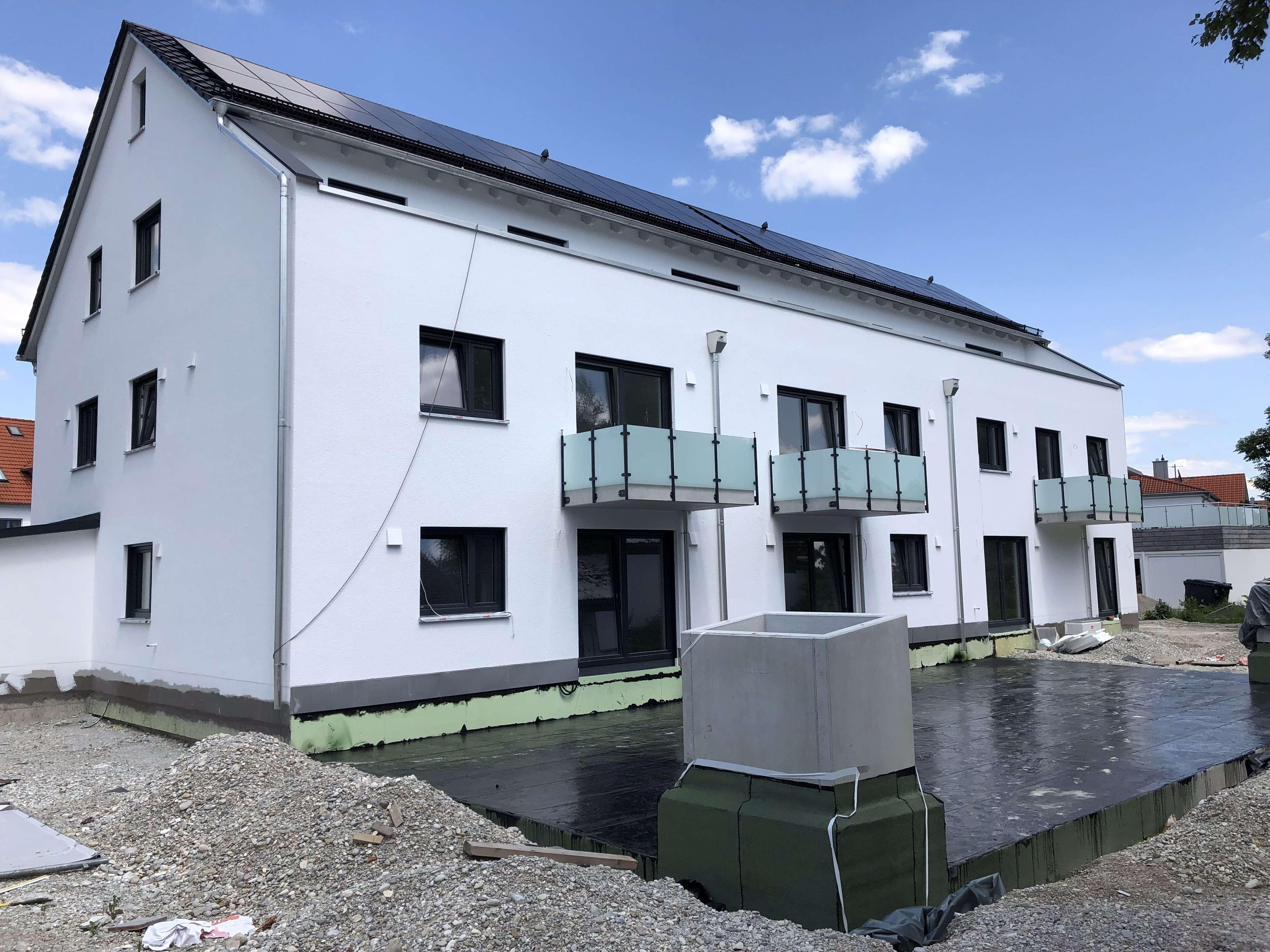 Erstbezug: Schöne vier Zimmer Wohnung in Hallbergmoos, Freising (Kreis)