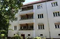BEZUGSFREI PROVISIONSFREI Frisch renovierte 2-Zimmer-Wohnung