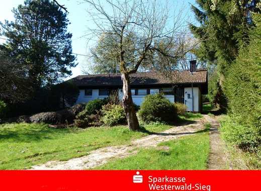 Nähe Altenkirchen, Bungalow in Ortsrandlage, Natur pur.