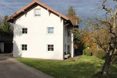 Vollständig renovierte 3,5-Raum-Erdgeschosswohnung mit Terrasse und Garten bei St. Wolfgang in Sankt Wolfgang