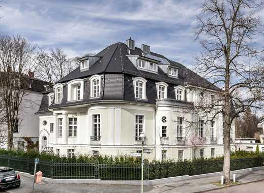 Wohnen nahe Königssee: Herrschaftliche Villa im Grunewald