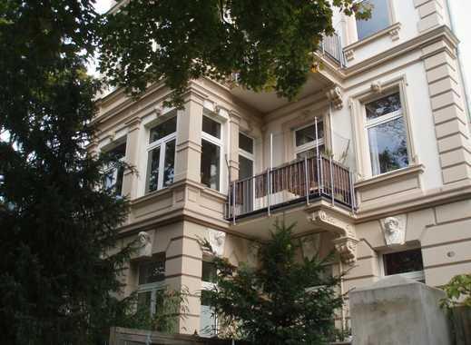Sehr gepflegte,individuelle, helle, stilvolle Wohnung im denkmalsgeschütztem Haus