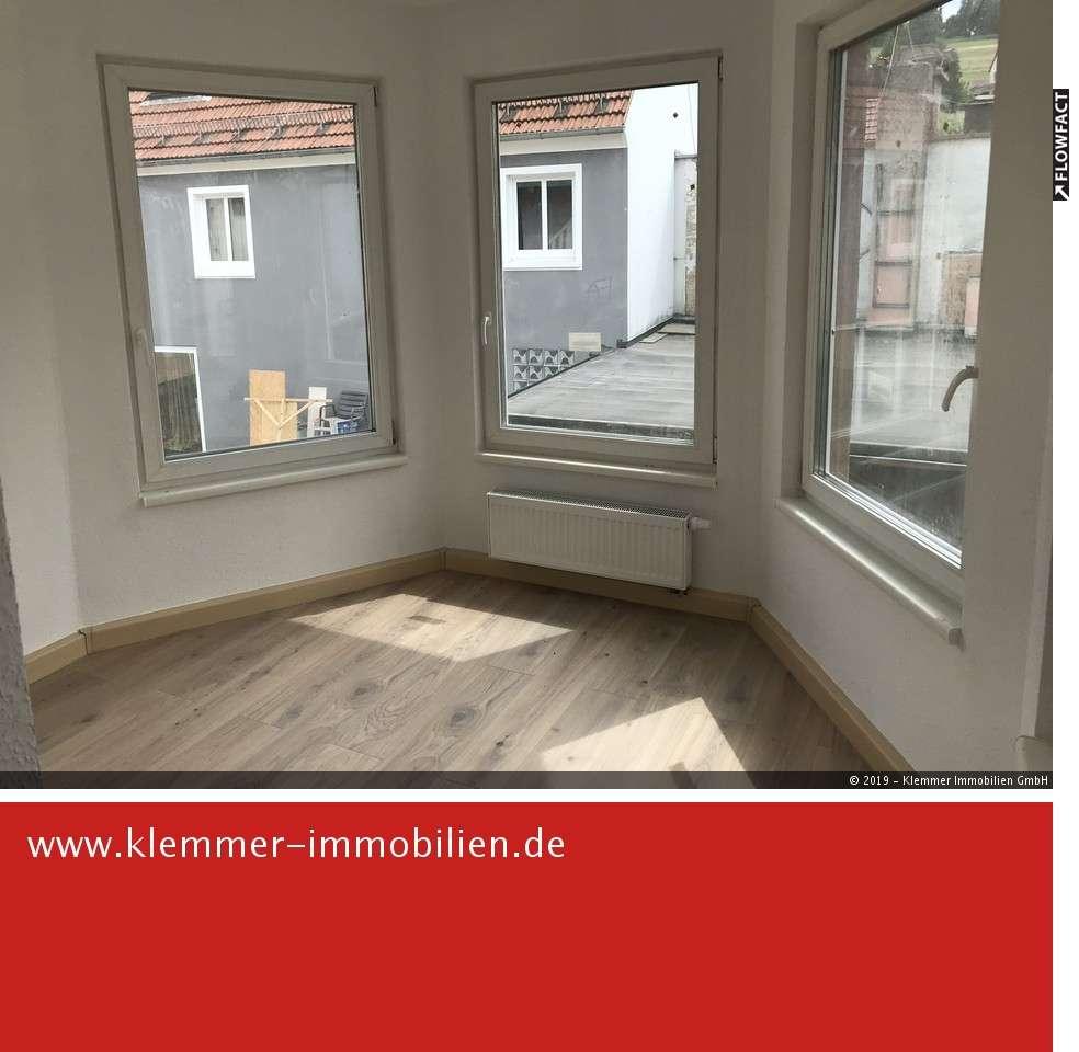Erstbezug nach Sanierung - 1,5-Zimmer-Wohnung mit Balkon