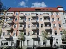 Bild Samariterkiez - 1-Zimmer-Wohnung mit Terrasse zum ruhigen Innenhof in saniertem Altbau