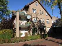 gemütliche Dachgeschosswohnung mit Balkon und