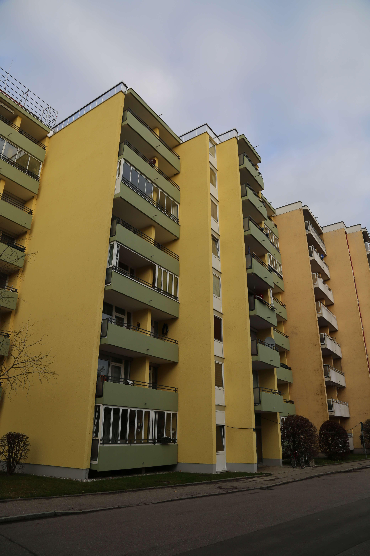 Helle, gut geschnittene 2-Zimmer-Wohnung mit Balkon in Olching in Olching