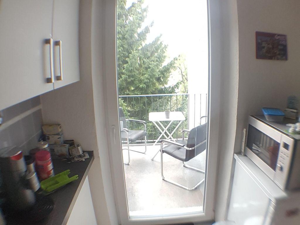 Sch 246 Nes Zimmer In Vollm 246 Blierter Wg Mit Wohnzimmer Balkon