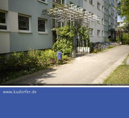 *SINGLE WOHNUNG* Renovierte 1-Zimmer Wohnung m. Südbalkon in Oberschleißheim