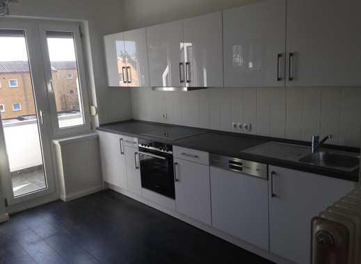 100qm geräumige 3-4-Zimmer-Wohnung mit 2 Balkonen im 3-Familienhaus