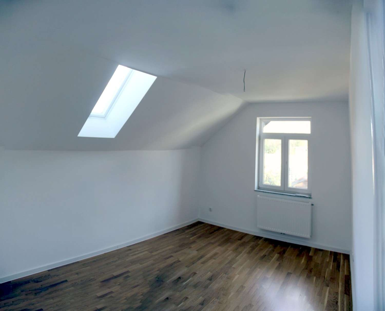 Schöne & helle 2 Zimmer Wohnung ab 1.9. zu vermieten