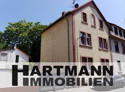 Mehrfamilien-Wohnhaus mit zwei Nebengebäuden!