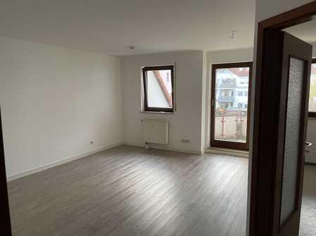 Neuwertige 2-Zimmer-Wohnung mit Balkon und EBK in Baiersdorf in Baiersdorf