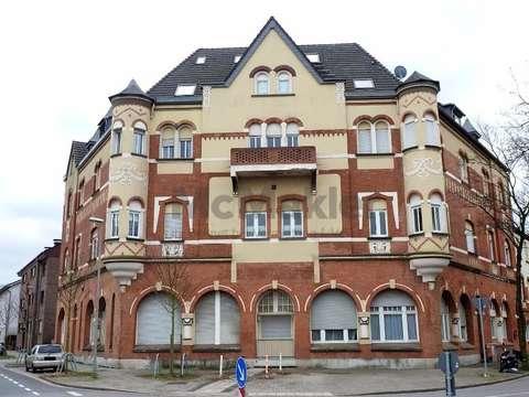 Haus Im Haus Schon Geschnittene Maisonettewohnung Mit Terrasse In
