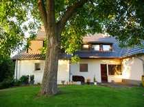 Großzügige Doppelhaushälfte in Krefeld-Oppum - benötigt