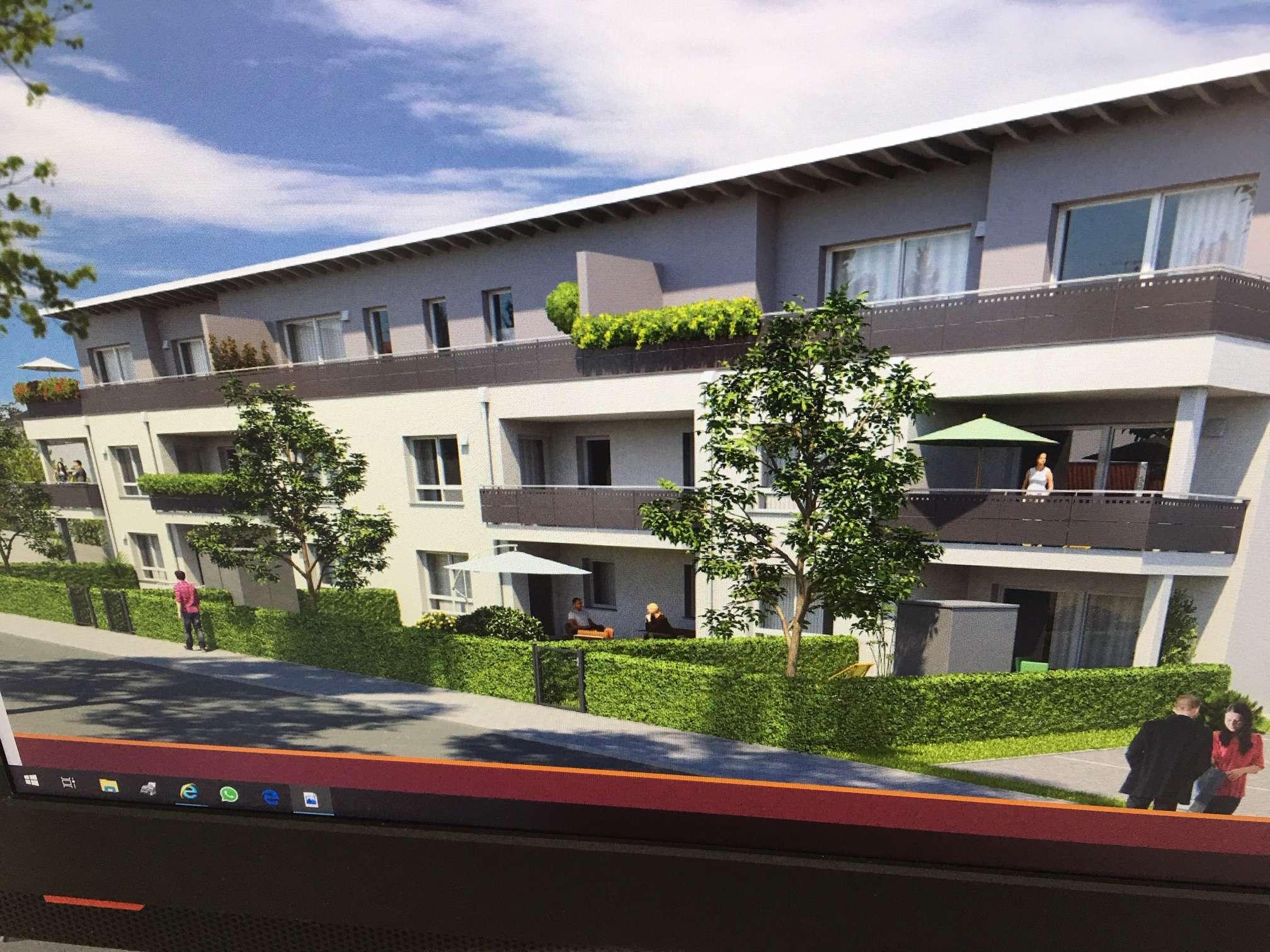 Neue 2-Zimmer-Erdgeschoss-Wohnung mit EBK, Garten, Terrasse uns Stellplatz