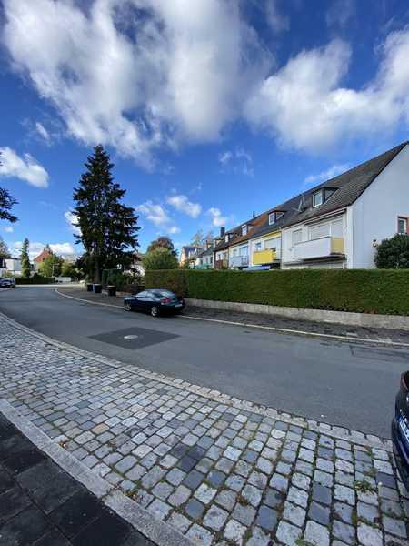 Bestlage Erlenstegen: Neu renovierte 3-Zi.-Wohnung mit großem Garten (Erstbezug nach Renovierung) in Erlenstegen (Nürnberg)