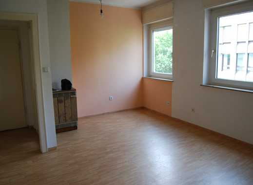 Schöne Wohnung in der Altstadt* Anfragen, bitte nur per E-Mail !!